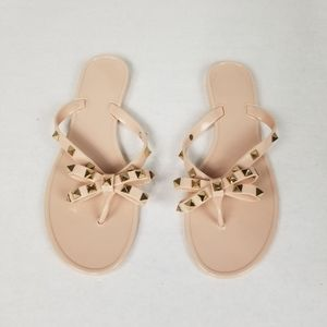 Studded Jelly Flesh-Tone Jelly Thong Sandals
